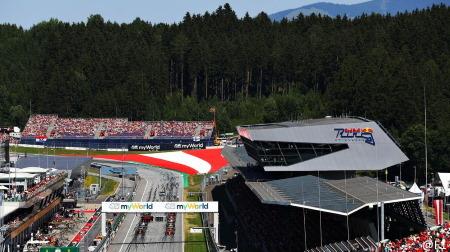 F1、夏のシーズン開幕を目指す