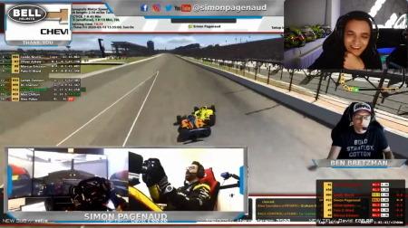 「インディカー iRacing Challenge」でパジェノがノリスを撃墜