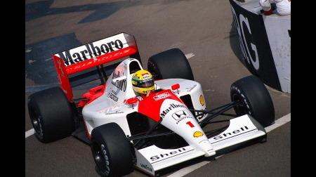 今のF1と昔のF1、ドライビングの大変さ