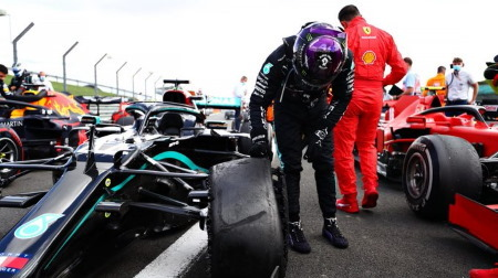 F1 70周年記念GP、ソフトめのタイヤ選択をとりやめか?