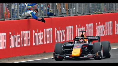 角田、F1デビューに向けて期待高まる