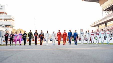 海外F1ファン、F1ドライバーで遊ぶ