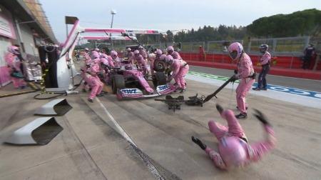 ストロール、ピットクルーを撥ねる@F1エミリア・ロマーニャGP
