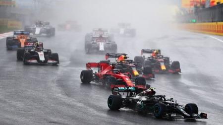 レッドブル、スタートで大きく順位を落とす@F1トルコGP