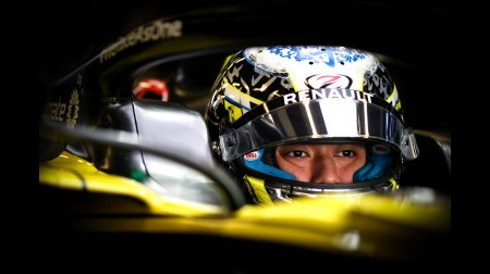 ルノー、若手F1ドライバーを生み出す気なし?