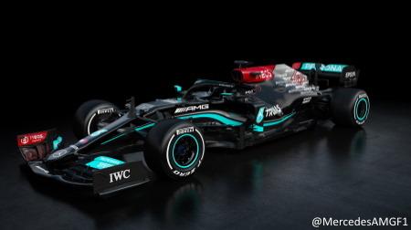 メルセデス、2021年F1新車W12を発表