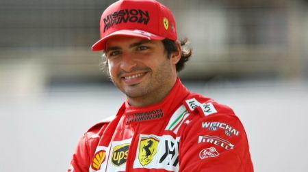 サインツ、フェラーリを信じる