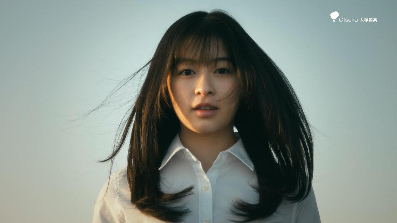 C 女の子 オロナミン cm オロナミンC新CMの女優(女性タレント)は誰?制服で女子高生の森七菜がスピーチ!