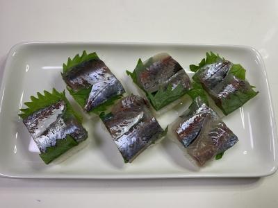 マアジとマルアジの押し寿司