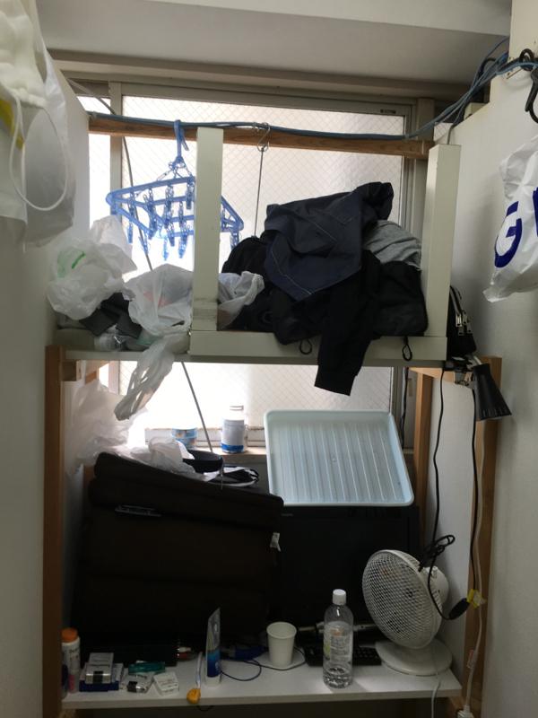 ネカフェ難民の部屋