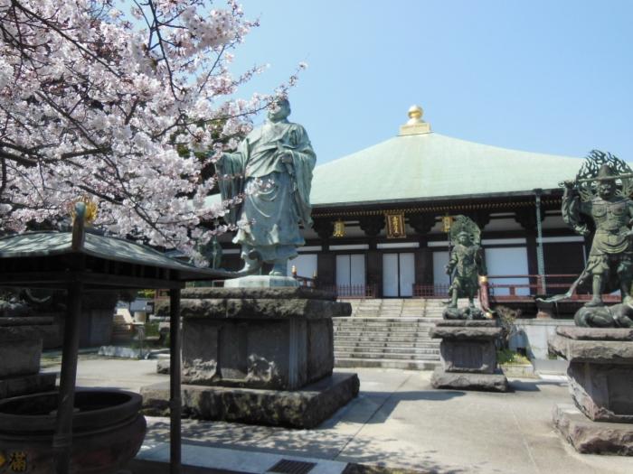 長勝寺・日蓮像