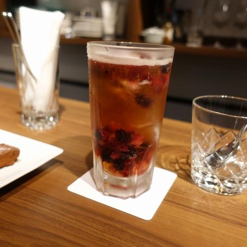 お酒の美術館 大阪駅前第1ビル店 (1)