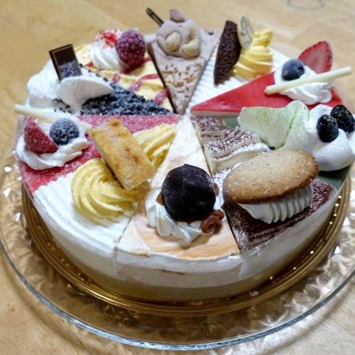 シャトレーゼ Xmasアイスアソートケーキ (10)