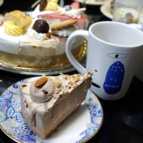 シャトレーゼ Xmasアイスアソートケーキ (21)