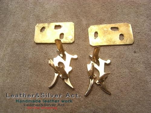 ロゴの金具 オーダーメイド 爪