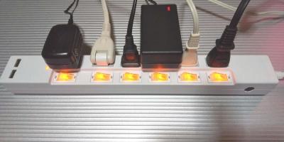 STYLED電源タップ6個口横向きスイッチランプ点灯
