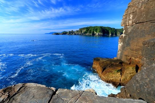千畳岩とリアス式海岸