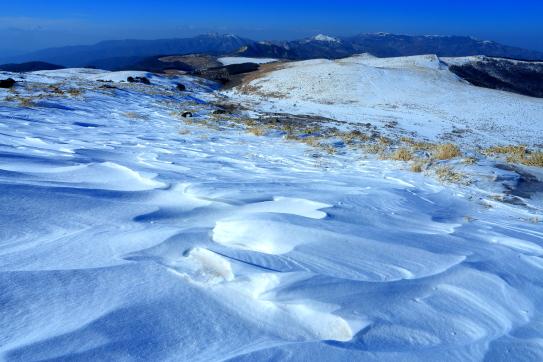 シュカブラの雪原