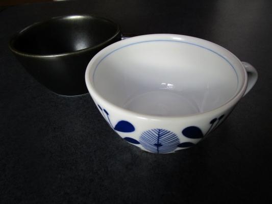 UKオーランドうすかるスープカップ黒と白 (5)