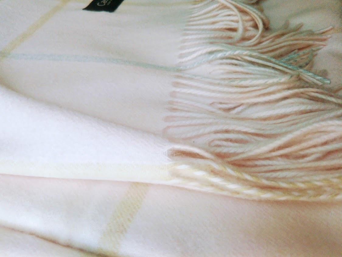 カシミヤストール カシュミー淡いピンクのウインドウペンチェック柄2
