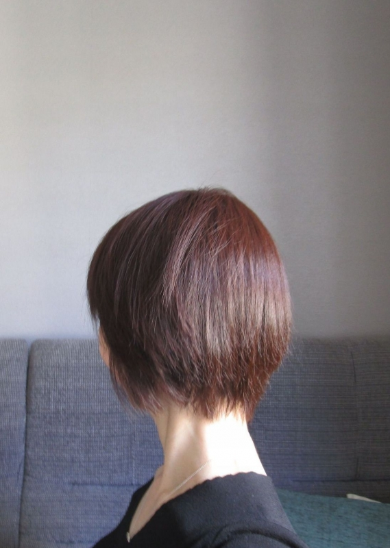 髪の様子 ふだんより濃いめの白髪染め