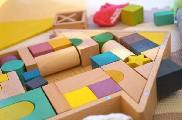 積み木 イメージ
