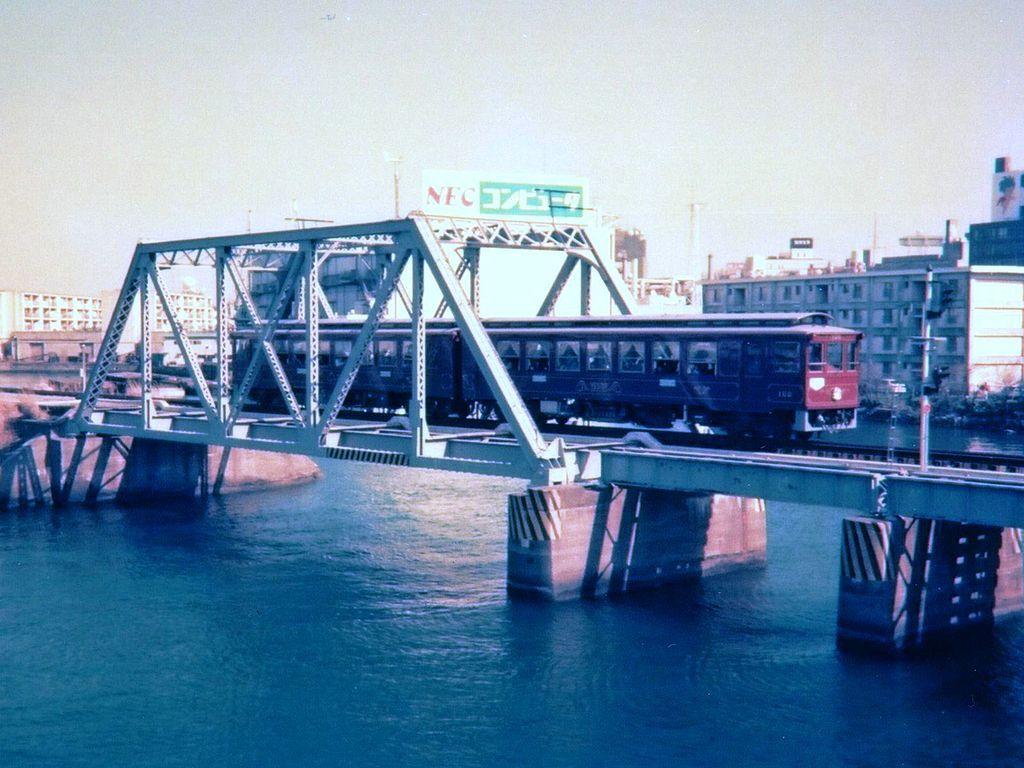 港1号橋梁と港2号橋梁と_4