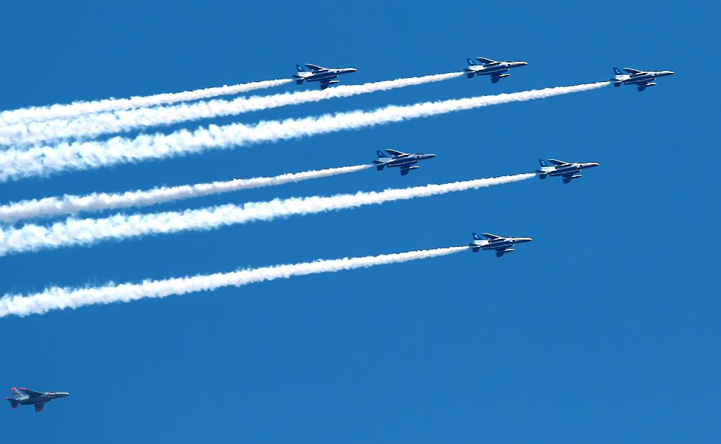 ブルーインパルス航過飛行_05