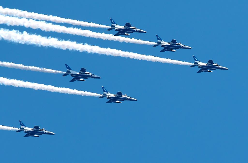 ブルーインパルス航過飛行_09