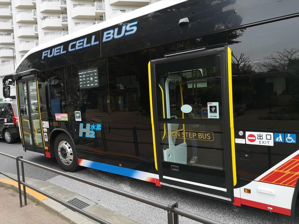 燃料電池バス_4