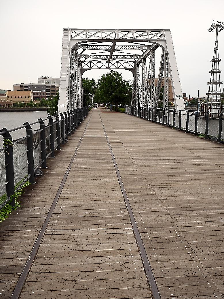 港1号橋梁と港2号橋梁と_2