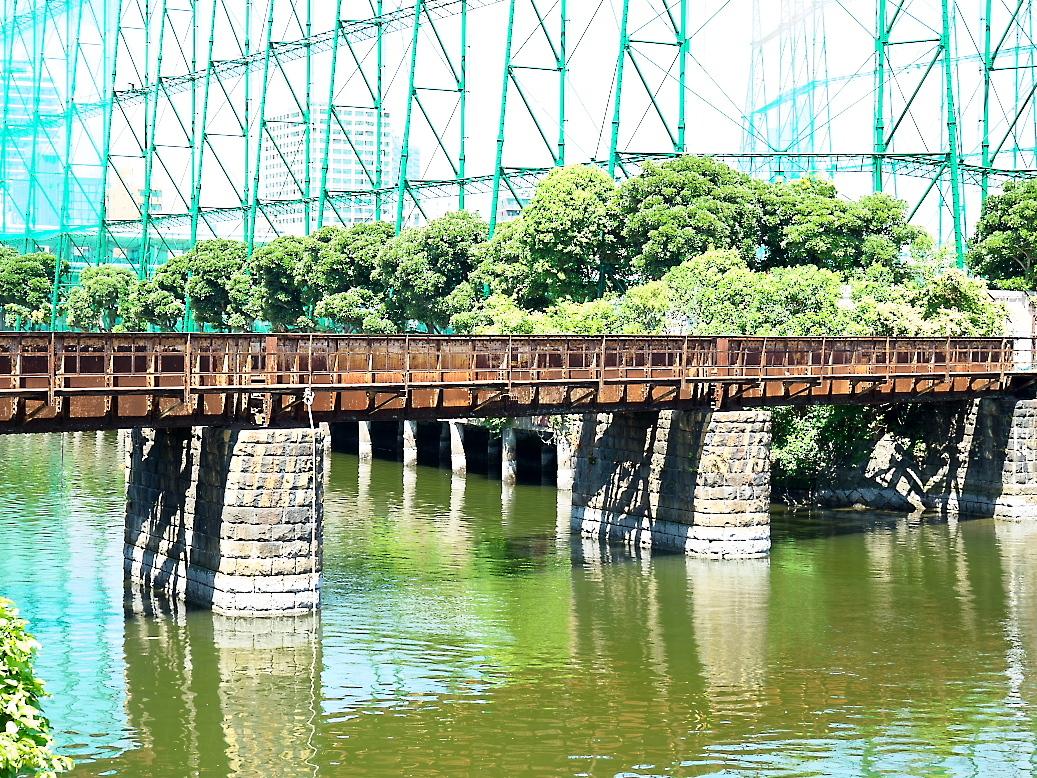 廃止されている鉄橋_1
