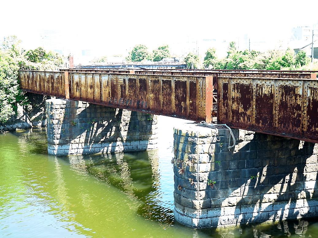 廃止されている鉄橋_4