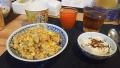 200726夕食は娘が炒飯を作る