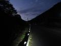 201114夜明けの道をゆっくりのんびりと上っていきます