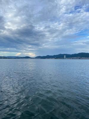 穏やかな琵琶湖南湖(9月3日7時頃)