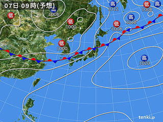 7月7日(火)9時の予想天気図