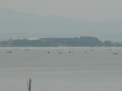 赤野井沖の船団(6月27日10時30分頃)