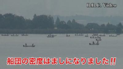 日曜日も曇天微風の琵琶湖!! 木浜沖の船団は拡散傾向です(YouTubeムービー)