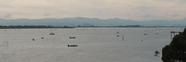 穏やかな日曜日の琵琶湖南湖 木浜〜下物沖