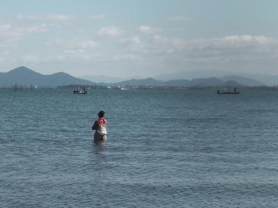 真野浜の立ち込み釣りとボート釣り