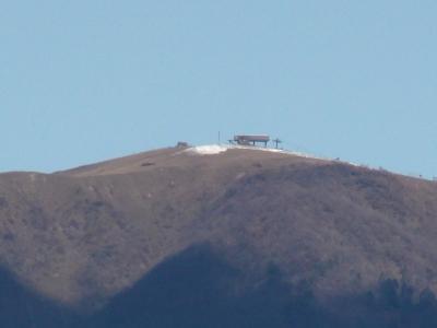 初冠雪した比良山(12月4日10時頃)