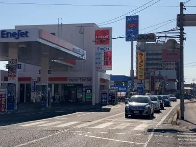 レギュラーガソリン136円/L ハイオク147円/L 西近江路沿い大津市本堅田のセルフGSで(21/01/21)