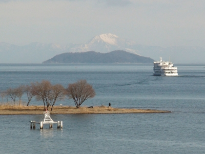 3日連続の雨が止んだらめちゃいい天気になった琵琶湖(1月25日11時頃)