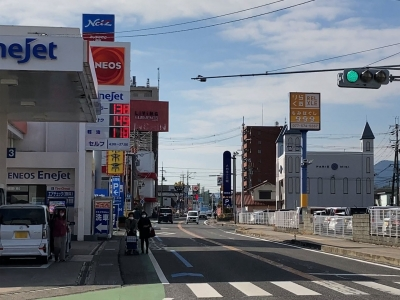 レギュラーガソリン138円/L ハイオク149円/L 西近江路沿い大津市本堅田のセルフGSで(21/02/10)