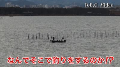 雨が上がり切らない土曜日の琵琶湖。木浜5号水路沖だけ賑わってるのはなんで・・・!? #今日の琵琶湖(YouTubeムービー)
