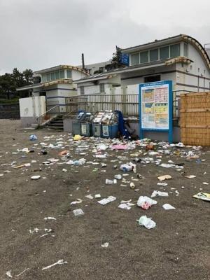 これはひどい!! 4月19日の逗子海岸