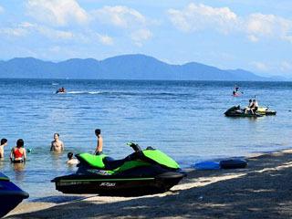 水泳場の営業が終了した9月の近江舞子中浜水泳場