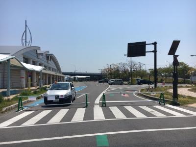 完全封鎖になったびわ湖大橋米プラザの駐車場