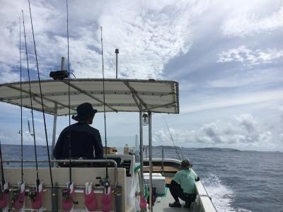 いい天気の沖縄チービシ海域